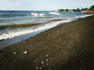 lovina_beach_bali