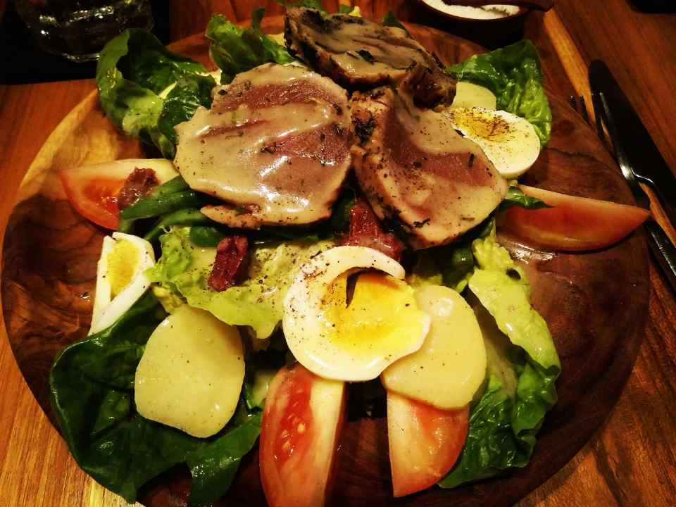 yellow_fin_tuna_salad_soul_in_the_bowl_sanur